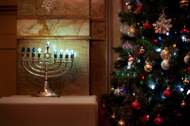 side-by-side-the-Menorah-and-the-Christmas-tree-640x426